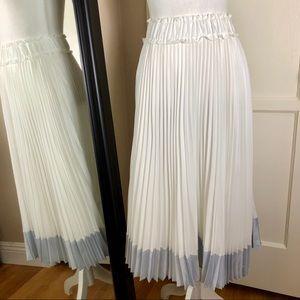 Clu Pleated Long Skirt NWOT